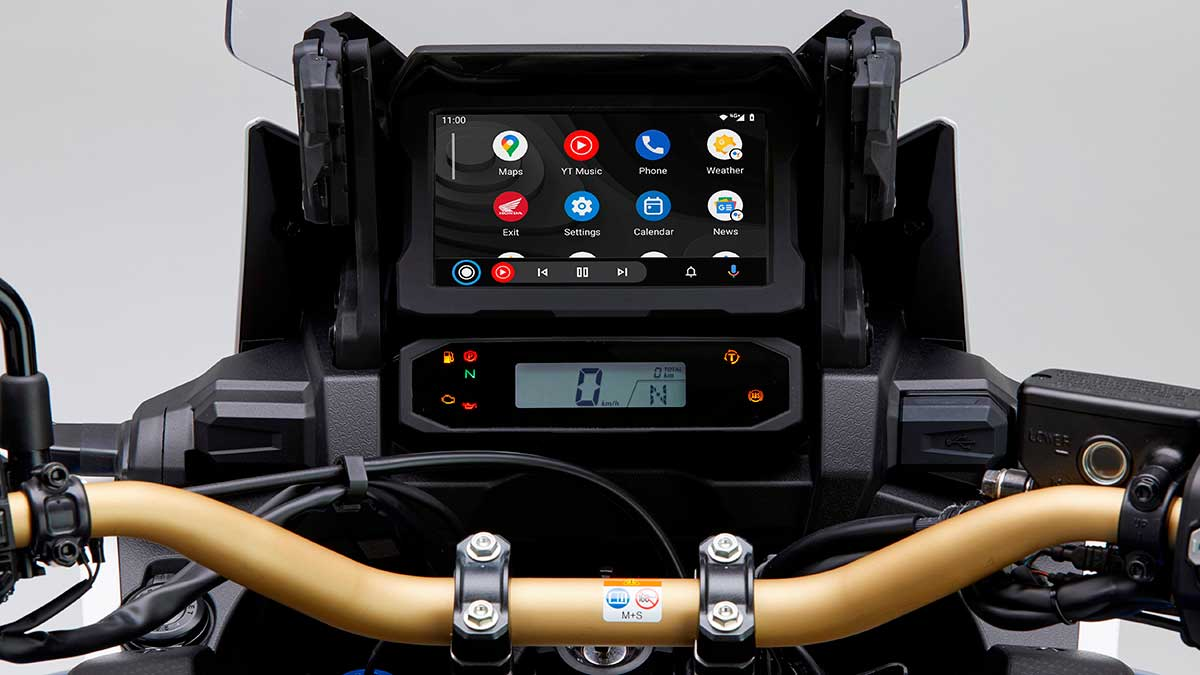 329013androidautotmintegrationforthecrf1100lafricatwin