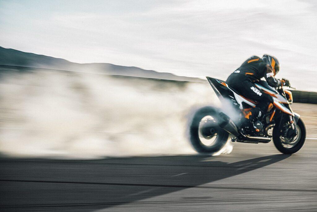 KTM Super Duke R 4
