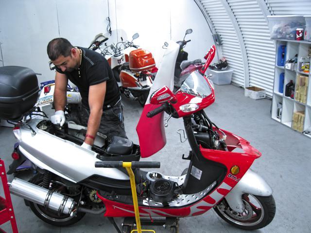 Siete consejos sencillos para el mantenimiento de tu scooter o moto