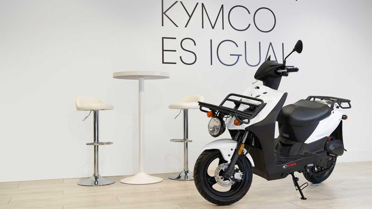 KYMCO Agility Carry 50: un ciclomotor con capacidad de carga de hasta 25 kg
