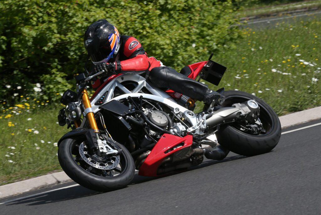 arielace1200v4sport