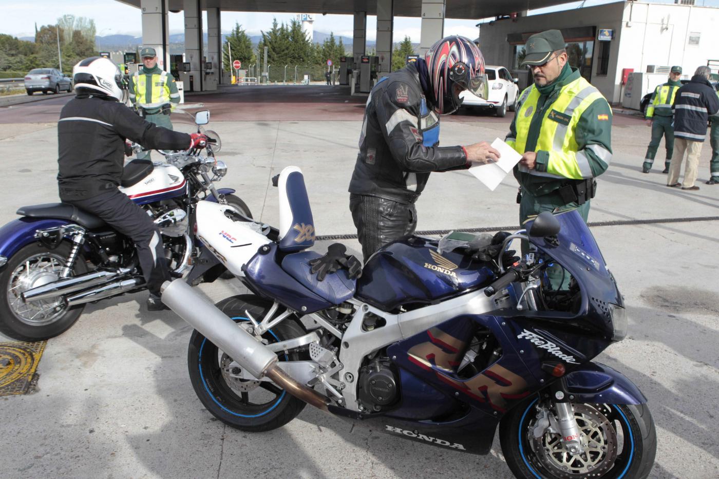 ¿Cuáles son las multas más altas que te podrán poner con tu moto?