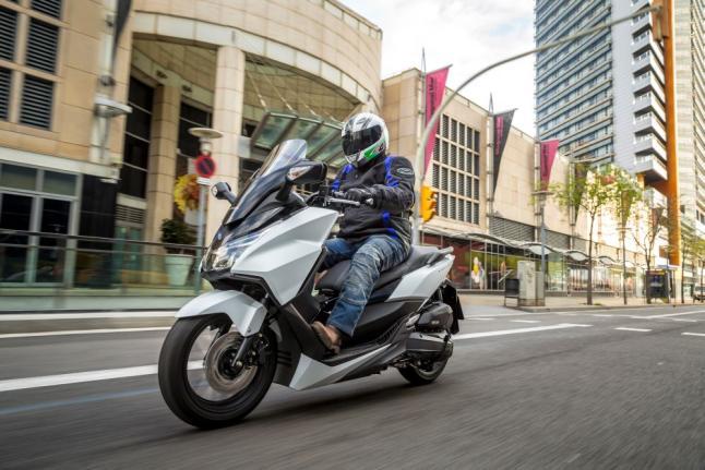 Consejos para elegir el neumático perfecto para tu scooter