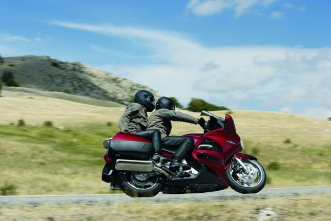5 cosas imprescindibles que debes llevar en tu viaje en moto