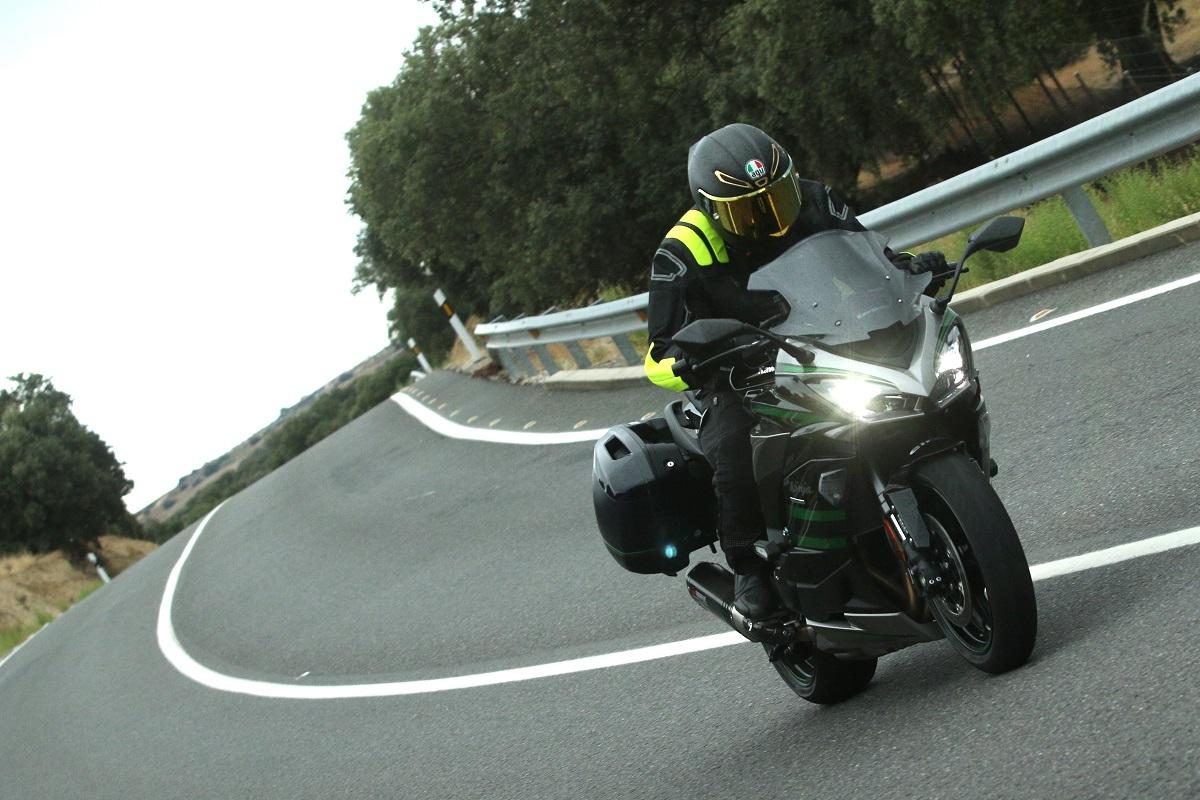 Prueba Kawasaki Ninja 1000 SX: Más que un apellido
