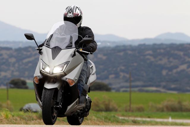 Yamaha TMAX 530 2015: Prueba a fondo