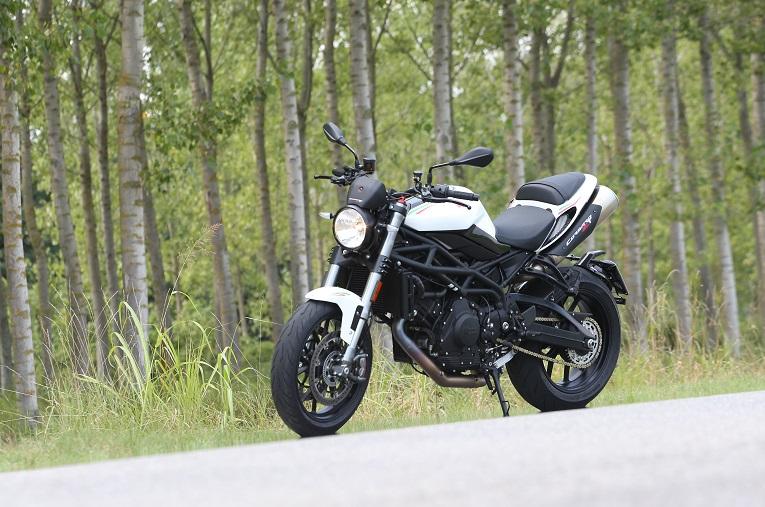 motomorinicorsaro1200zt10