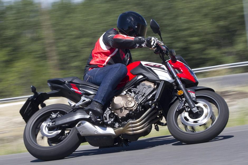 ¿Cómo son las motos Naked?