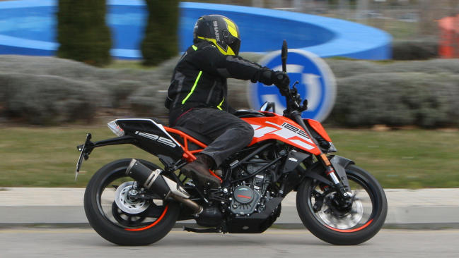 Prueba KTM 125 Duke 2018: Streetfighter a escala