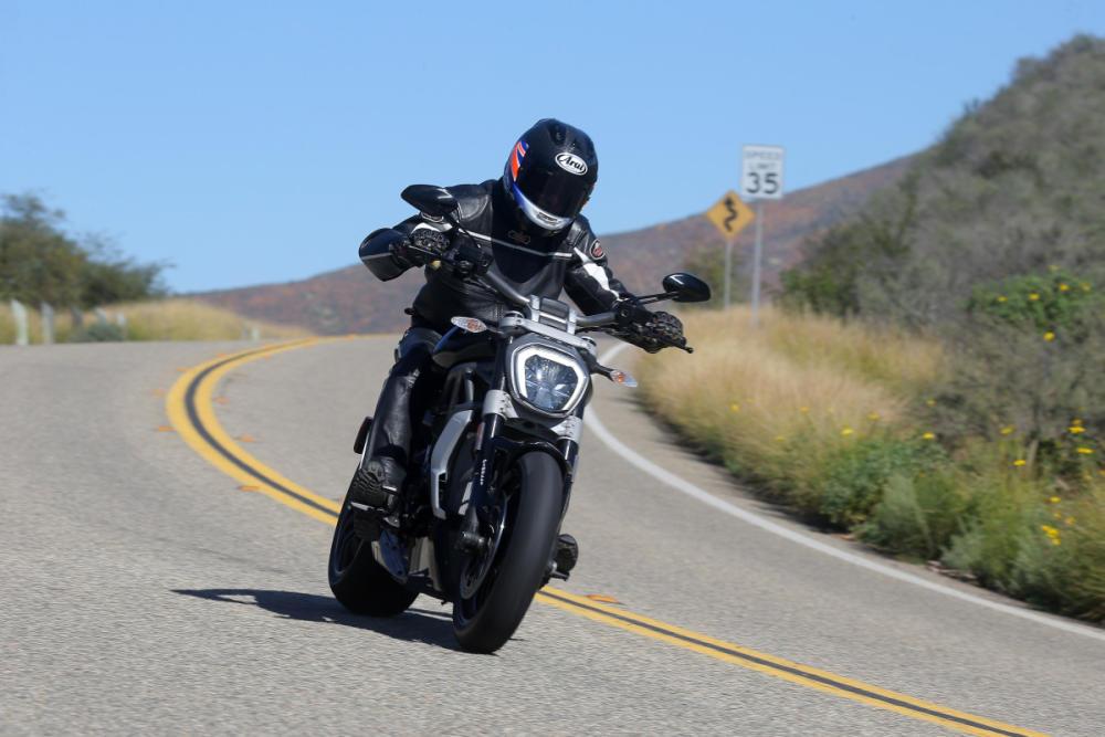Prueba Ducati XDiavel: Supercruiser