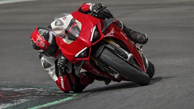 Ducati Panigale V4 2020: más rápida y más dócil