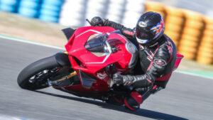 Fotos de la Ducati Panigale V4 R a prueba