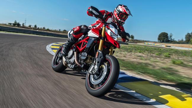 Ducati Hypermotard 950 y 950 SP en el Salón de Milán EICMA 2018