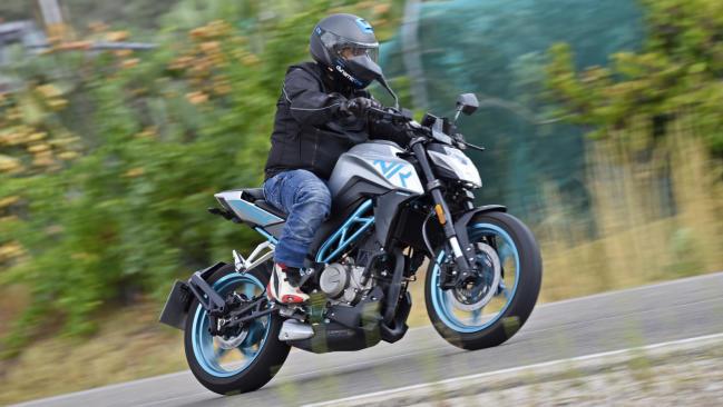 Prueba CF Moto NK 250: noviciado