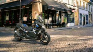 BMW C 400 X y C 400 GT 2021