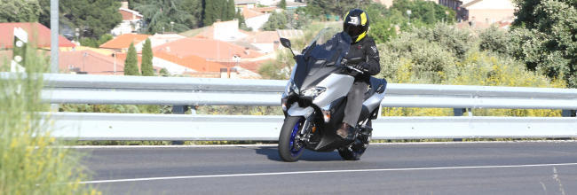 Prueba Yamaha TMax 530 SX: Inmejorablemente mejor