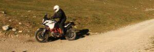 Fotos de la KTM 1090 Adventure R en ruta