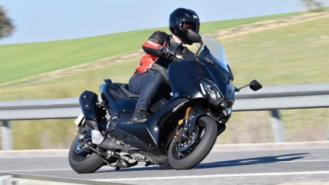 Prueba Yamaha TMax 560 Tech Max: Un paso más hacia la perfección