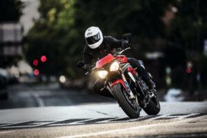 Nuevas Triumph Speed Triple R y S