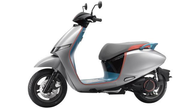 KYMCO i-One Smart Scooter: el vehículo para Ionex