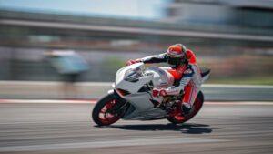 Fotos: Ducati V2