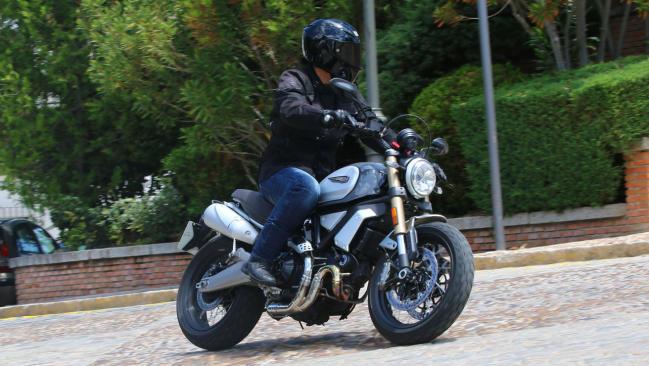 Prueba Scrambler Ducati 1100 Special: Más Scrambler y más Ducati