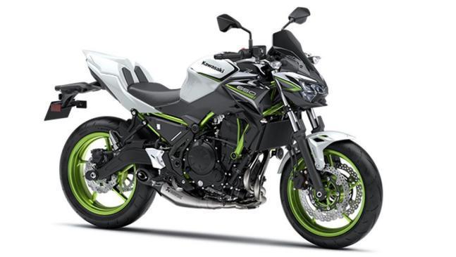 Kawasaki Z650 Sport y Performance 2021