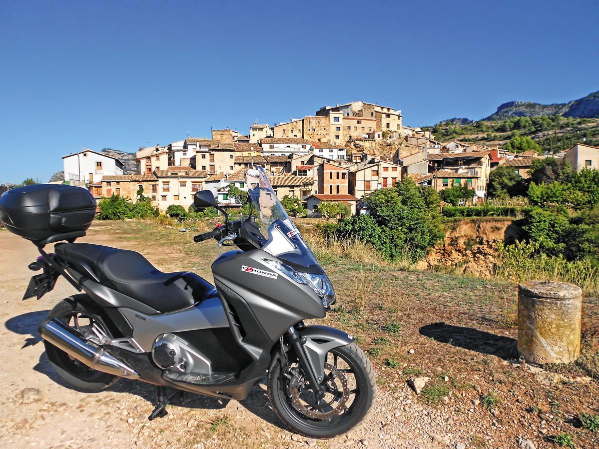 Ruta en moto por Teruel: el silencio del tiempo