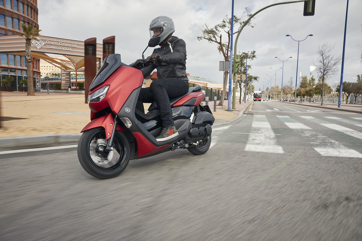 Prueba Yamaha NMAX 125 2021: de menos a <em>max</em>