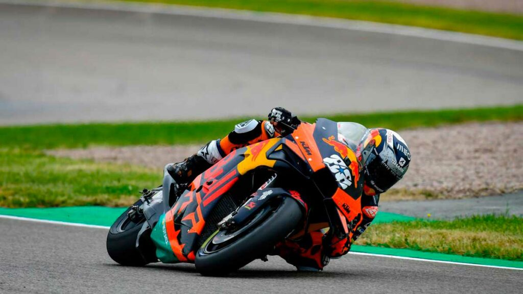 88 miguel oliveira dsc4288.gallery full top lg