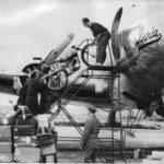 Descarregant les motos TT Illa de Man 1951
