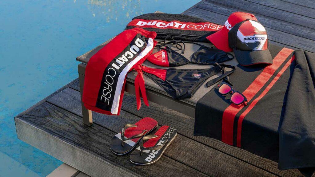 Accesorios playa Ducati