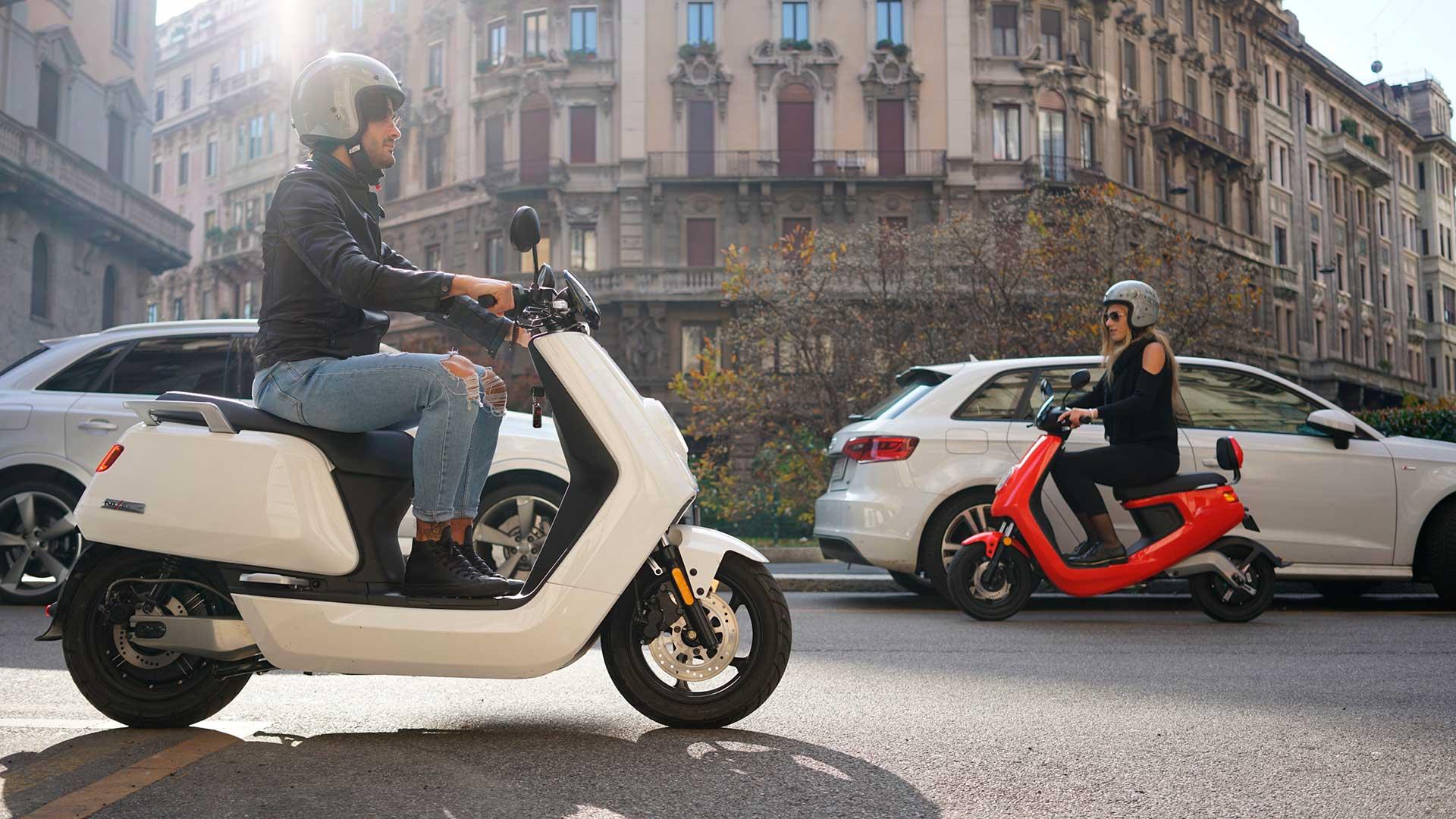 Ciclomotores eléctricos NIU: ahora con seguro y matrícula gratis