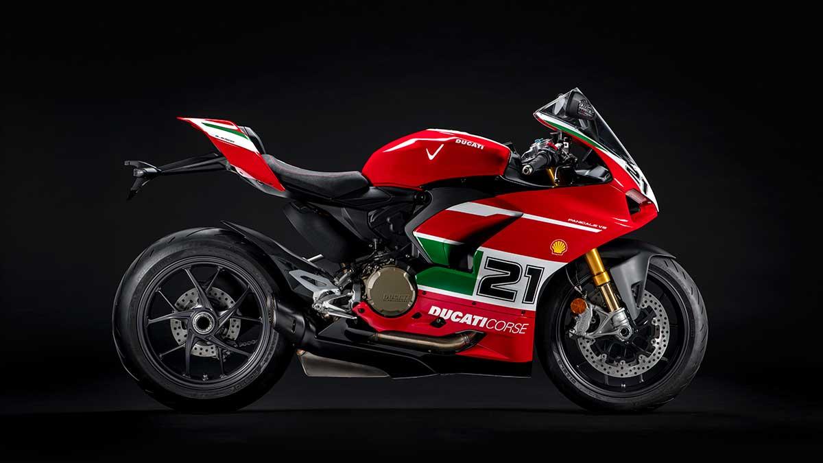 Ducati presenta la Panigale V2 Bayliss 1st Championship 20Th Anniversary