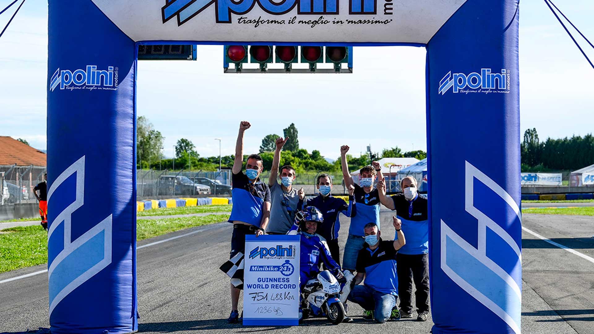 Polini Minibike 24h: más de 750 km y récord del mundo