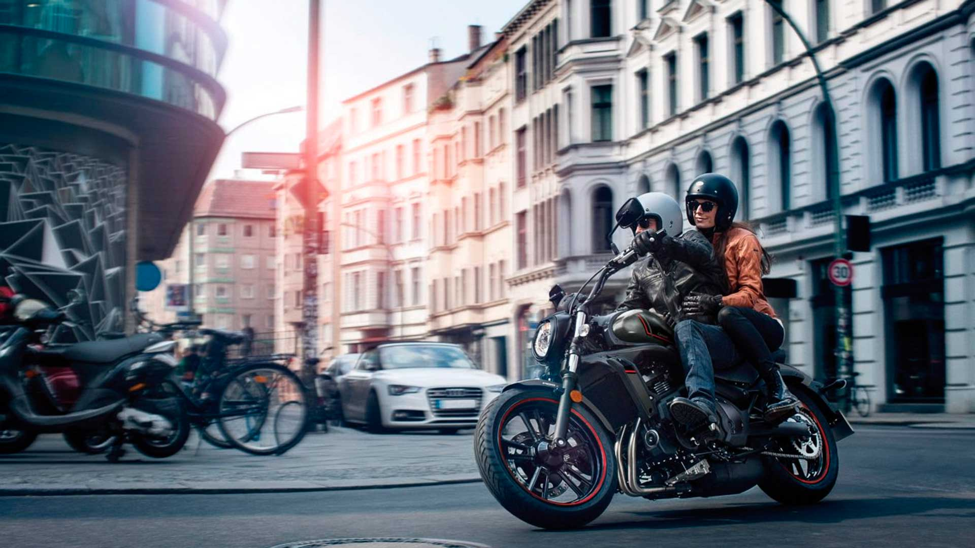 La moto en la ciudad: consejos de convivencia y enemigos