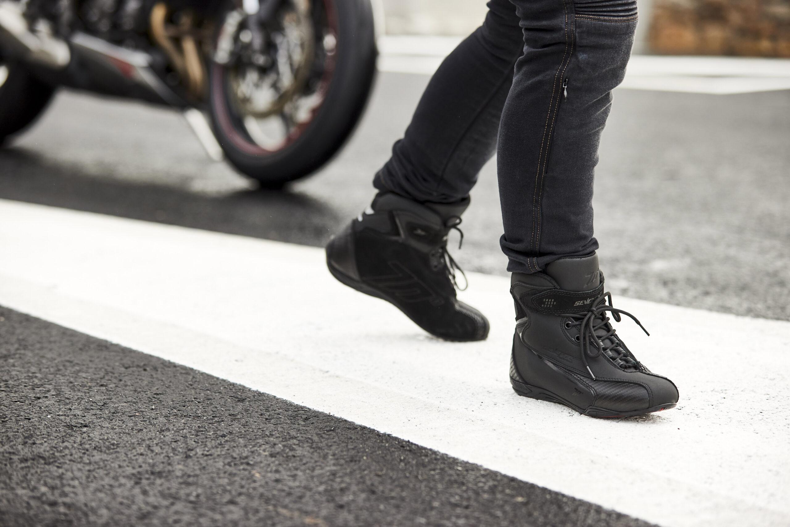 La firma española Seventy Degrees presenta su nueva colección de botas urbanas