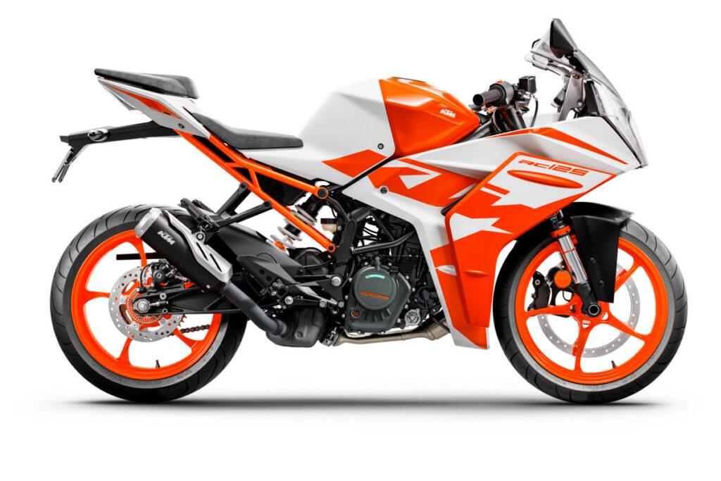 KTM RC 2022 3