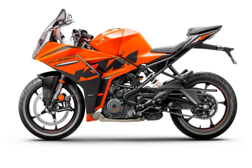 KTM RC 2022 6