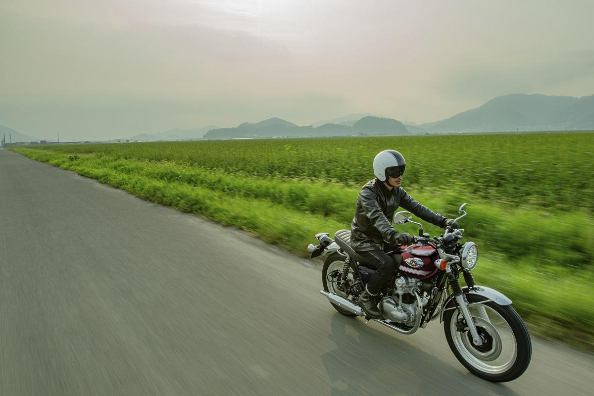 Kawasaki W 800 2022: el mito se perpetúa