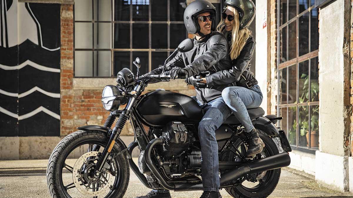 Moto Guzzi V7 Stone y V85 TT Travel: Dos almas con un mismo corazón