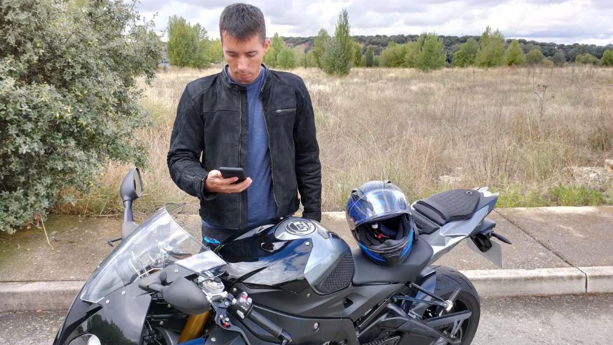 Deja su moto en el taller… y circulan con ella a 222 km/h
