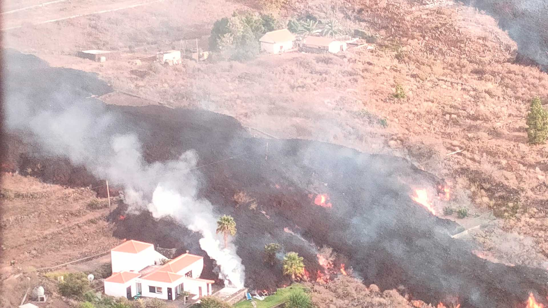 Cómo actúa el seguro de moto en caso de erupción volcánica
