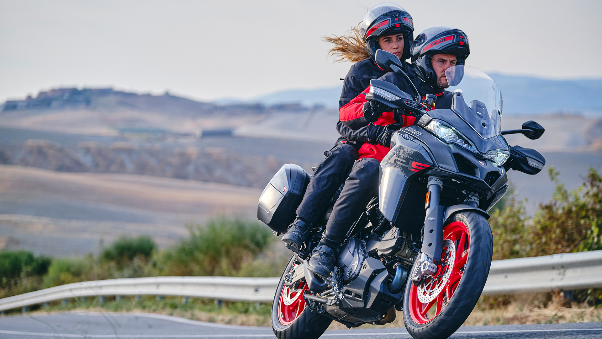Ducati Multistrada V2 2022: accesible, ligera y con versión A2