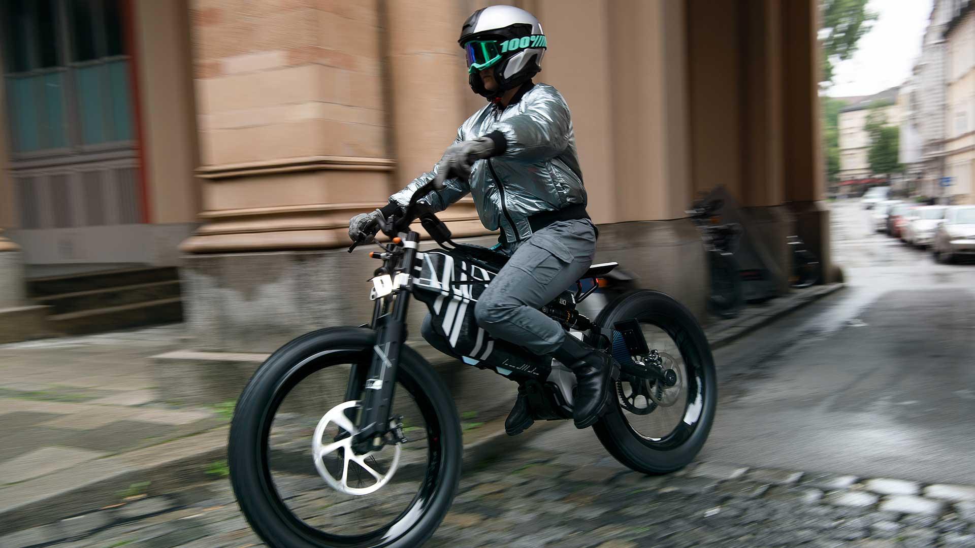 BMW Motorrad Vision AMBY: el concepto de movilidad urbana del futuro según BMW