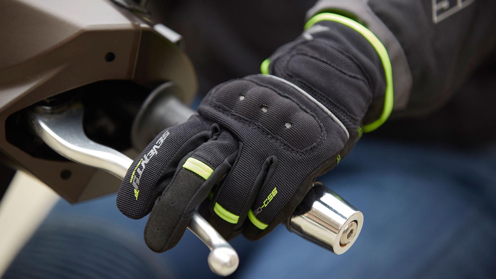 Disfruta de la temporada otoñal con estos guantes de Seventy Degrees