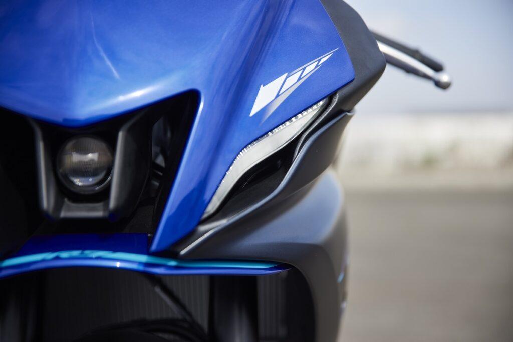 Yamaha R7 10