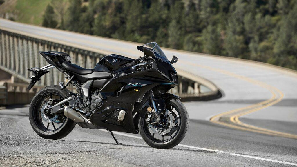 Yamaha R7 14